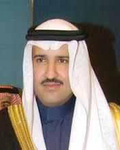 الأمير فيصل بن سلمان يهنئ الطلاب الفائزين